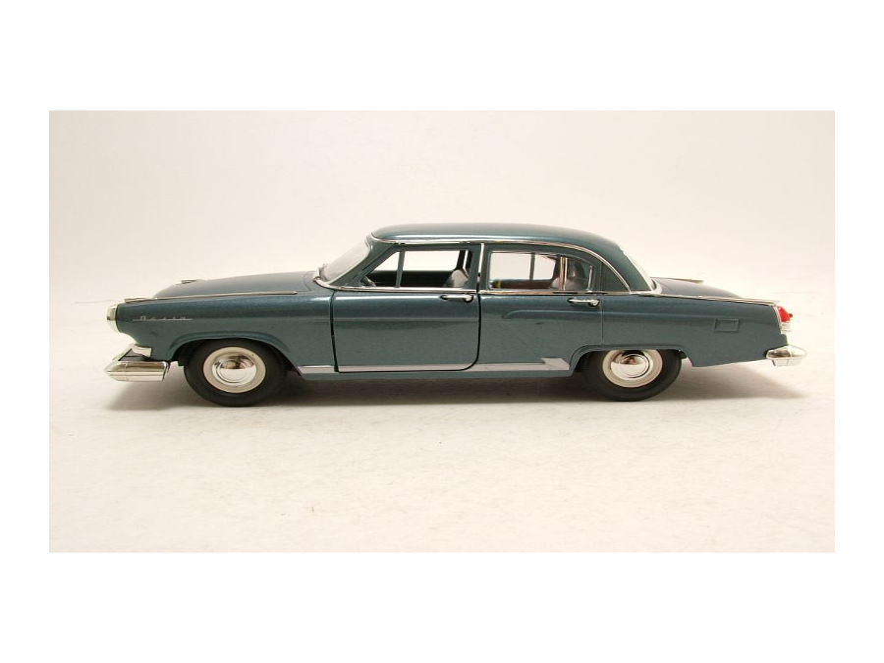 Lucky Die Cast Modellauto 1:24 GAZ Volga M-21 1970 blaugrau metallic