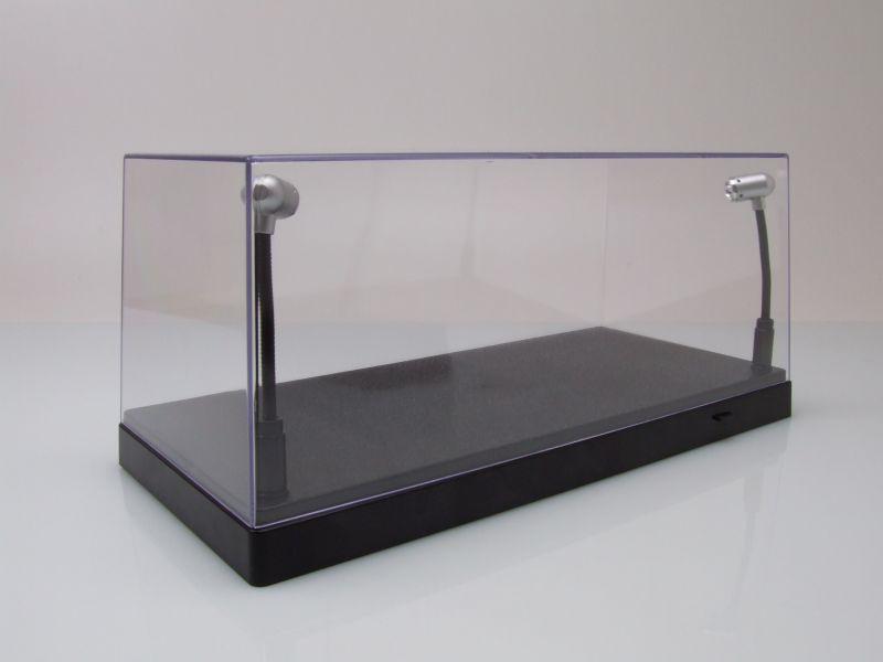 klarsichtbox vitrine mit led beleuchtung f r 1 43 oder 1 24 modelle triple9 23 95. Black Bedroom Furniture Sets. Home Design Ideas