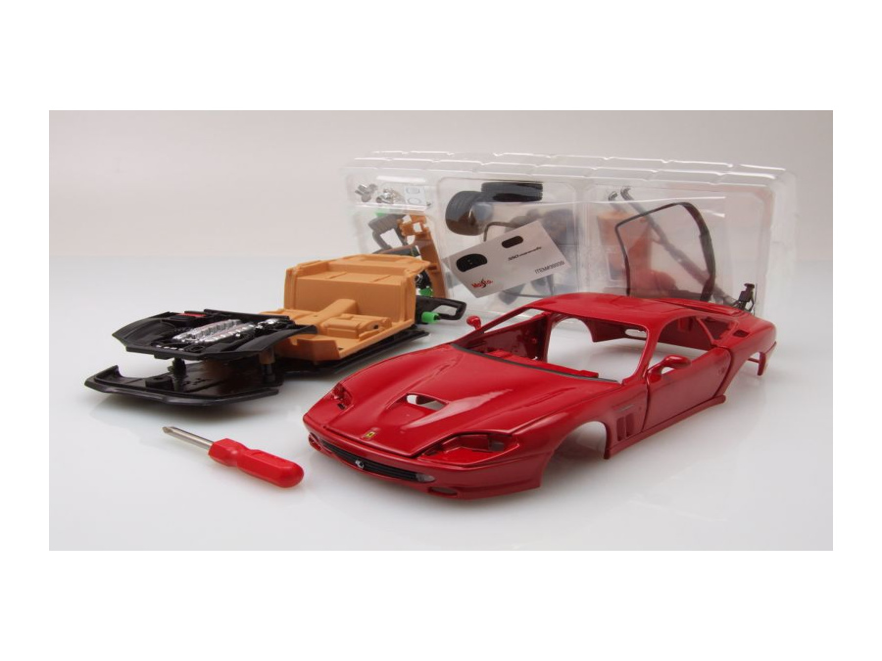 Ferrari 550 Maranello Rot Bausatz Modellauto 124 Maisto
