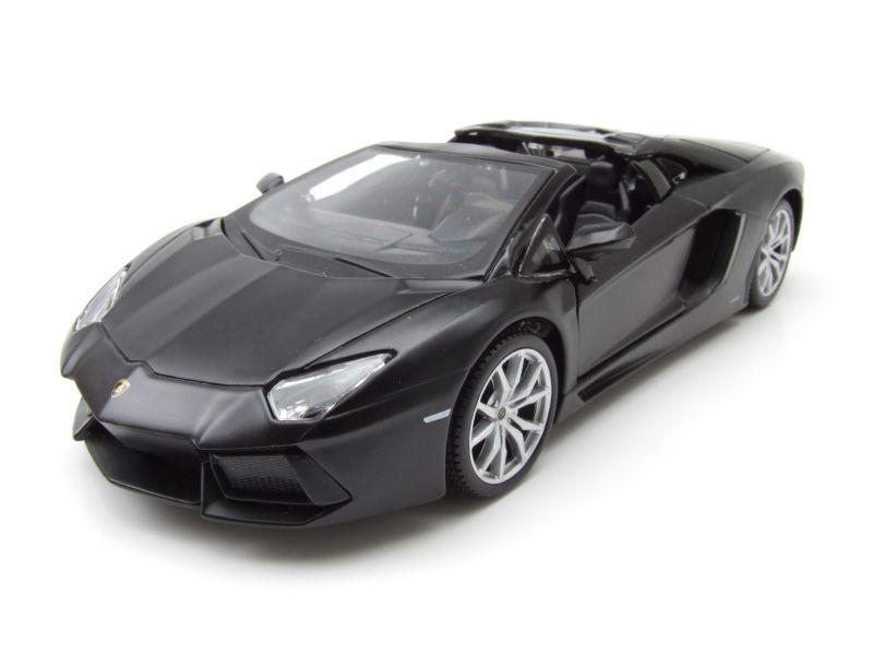 lamborghini aventador lp700 4 roadster matt schwarz. Black Bedroom Furniture Sets. Home Design Ideas