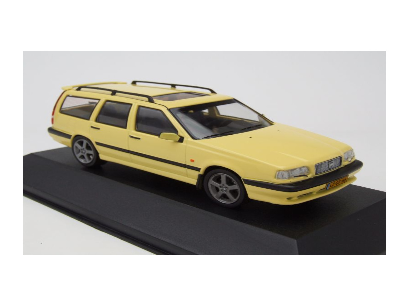 volvo 850 t 5r break kombi 1995 gelb modellauto 1 43 triple9 27 95. Black Bedroom Furniture Sets. Home Design Ideas
