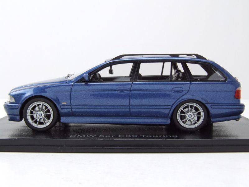 BMW 520 E39 Touring Kombi 2002 blau metallic Modellauto 1:43 Neo Scale Models
