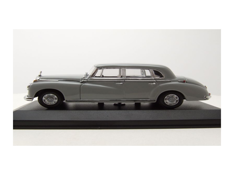 W186 1951 grau Modellauto 1:43 Maxichamps Mercedes 300