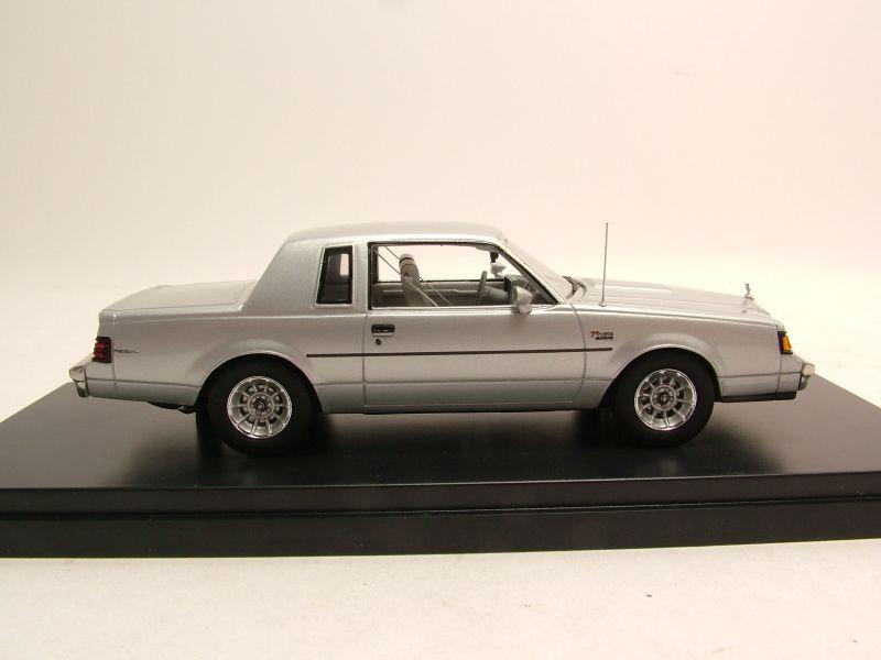 buick regal t type 1986 silber modellauto 1 43 auto. Black Bedroom Furniture Sets. Home Design Ideas