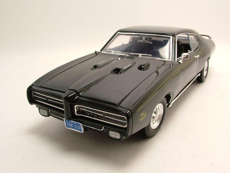 pontiac gto judge 1969 schwarz modellauto 1 18 motormax 39 95. Black Bedroom Furniture Sets. Home Design Ideas