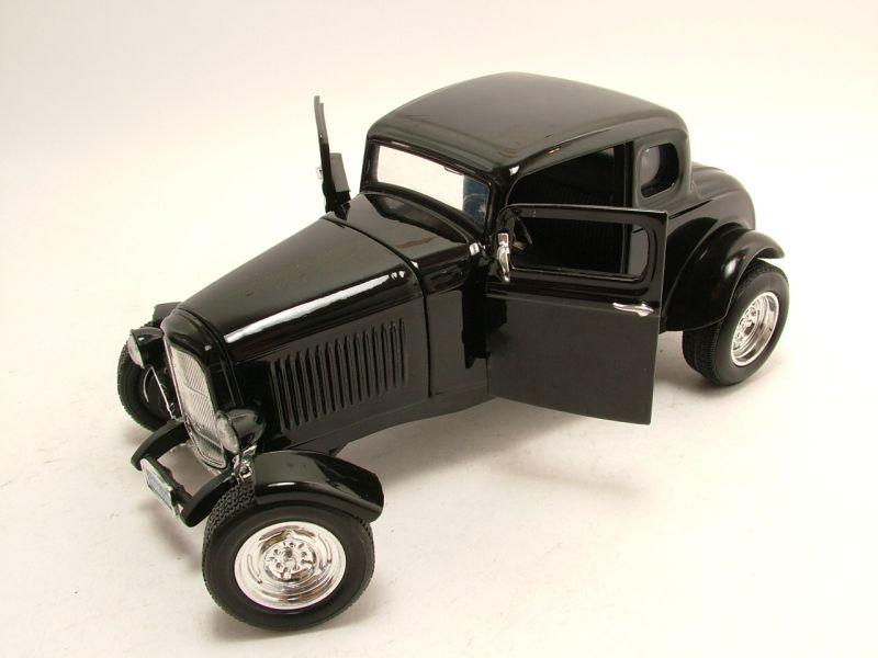 Ford Coupe 1932 Hot Rod schwarz mit Motorhaube Motormax Modellauto 1:18